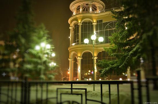 фото пушкинский курск ночь