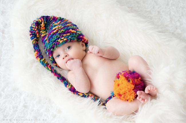 фотография малыша в шапочке
