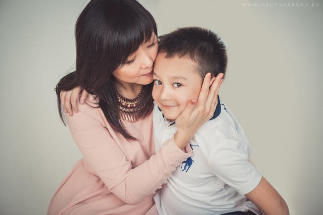 семейный портрет, мама и сын