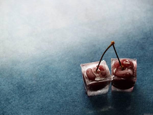 Зимняя вишня и лед обои 1600х1200 обои