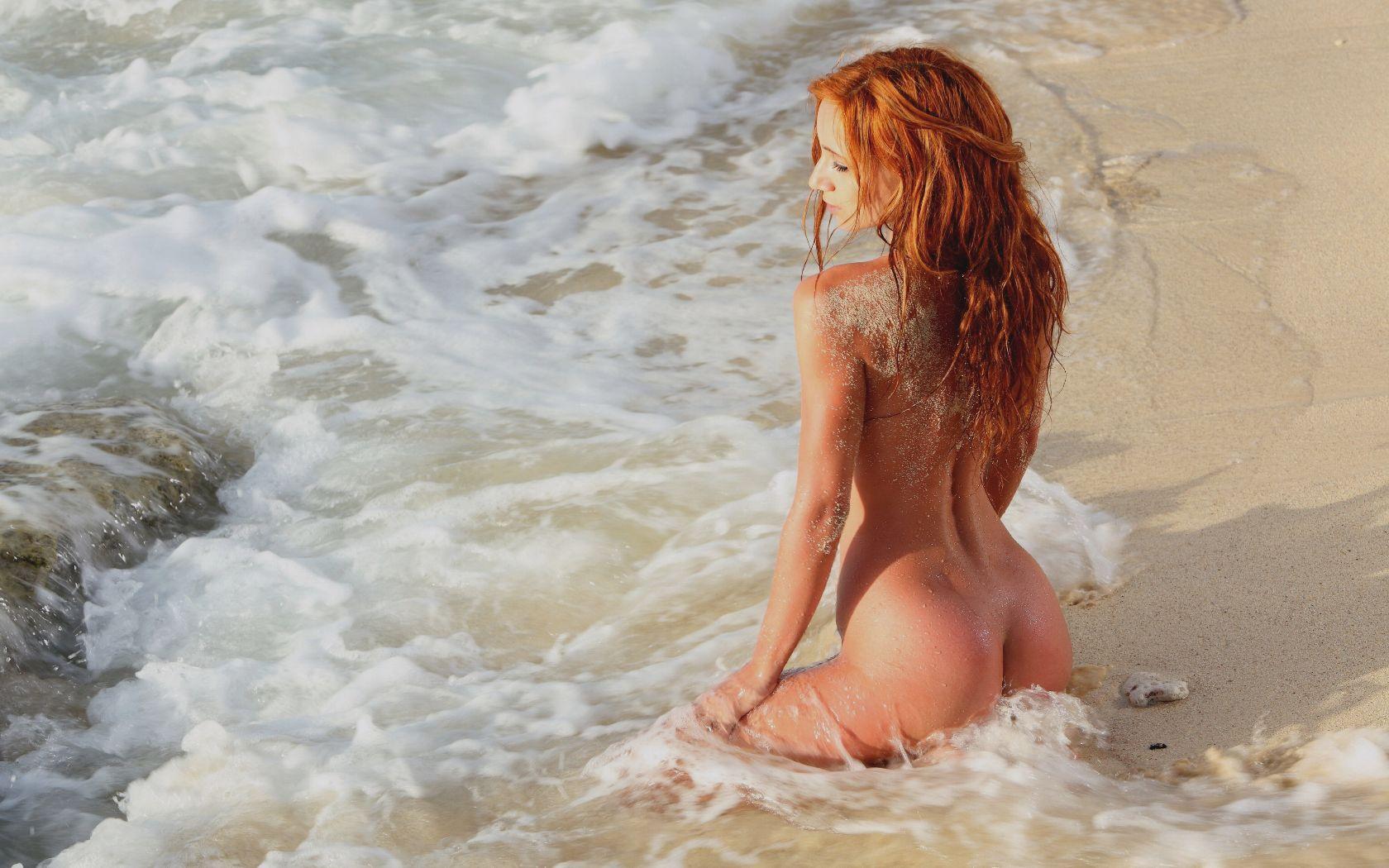 Смотреть нежный секс на берегу моря 30 фотография